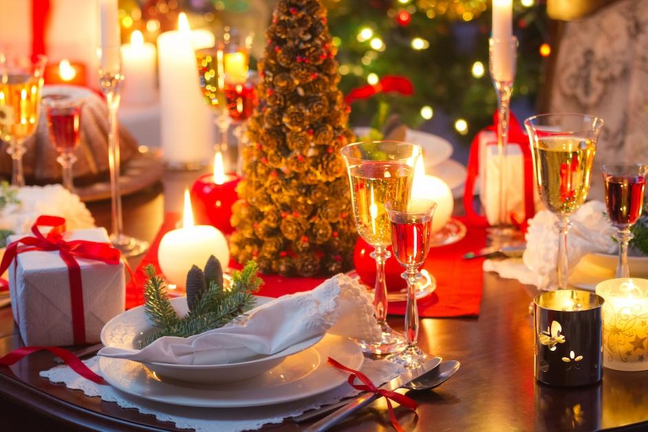 Kaunis joulupöytä